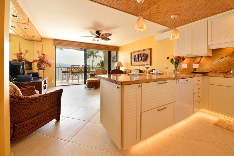 Welcome to your home away from home - FABULOUS OCEANFRONT CONDO - Wailuku - rentals