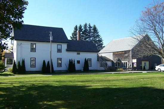 Maine Farm House on 2 acres near Ocean and parks - Image 1 - Searsport - rentals