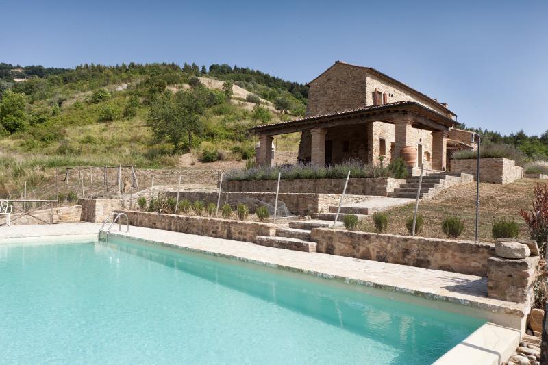 Villa Fraggina - Image 1 - Volterra - rentals