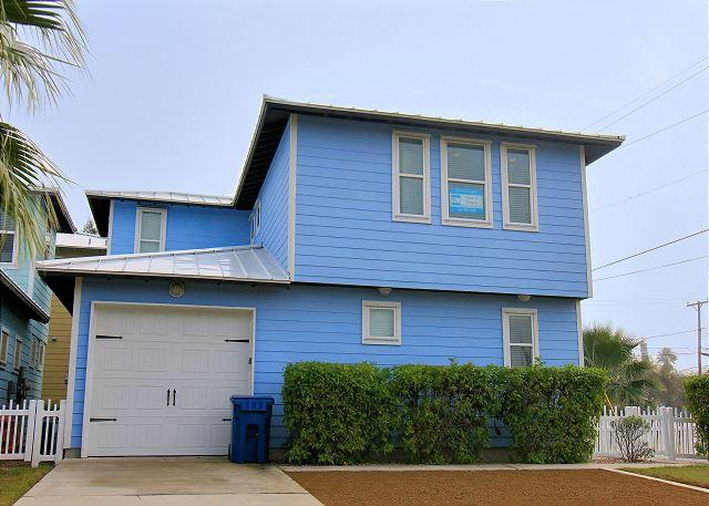 Newly constructed 4 bedroom 2.5 bath in the heart of Port Aransas! - Image 1 - Port Aransas - rentals