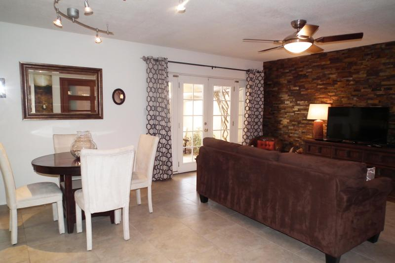 A Ground Floor Stylish Remodel - Image 1 - Scottsdale - rentals