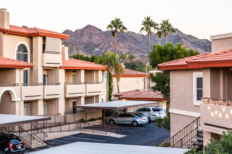 Vacation Resort Oasis w/Mountain Views! - Image 1 - Phoenix - rentals