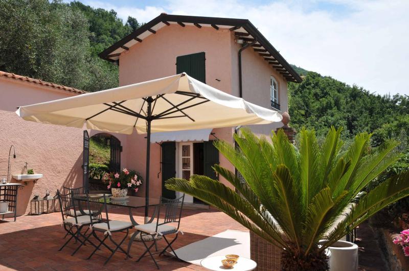 Villetta Gardenia - Villetta Gardenia, Jacuzzi pool, A/C, sea &5 Terre - Ortonovo - rentals