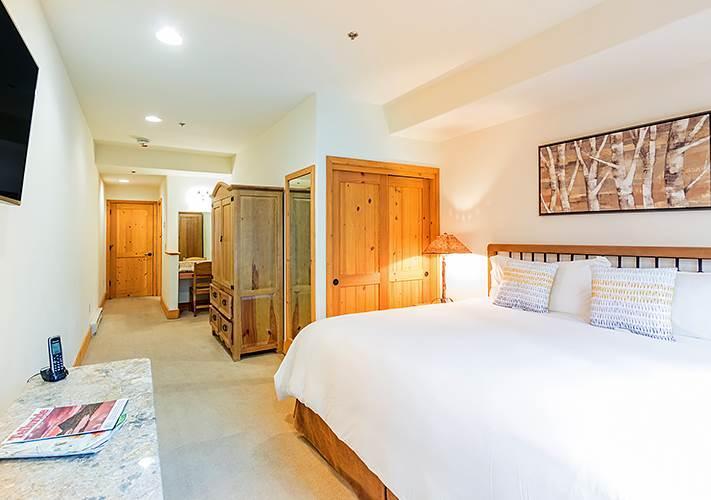 Bear Creek Lodge 203B - Image 1 - Mountain Village - rentals