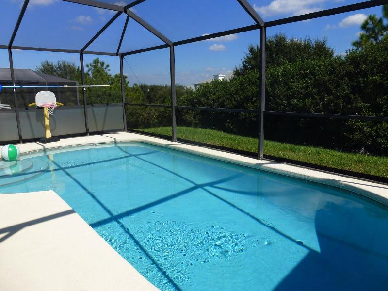 Crystal clear private pool of your very own to use - VERY PRIVATE pool -DISNEY vacation Home WIFI - Four Corners - rentals