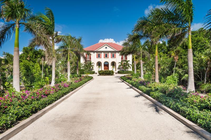 Beach Villa Paprika - Image 1 - Providenciales - rentals
