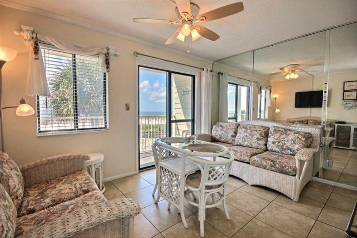 Living Room - Gulf Shores Plantation East 2201 - Fort Morgan - rentals