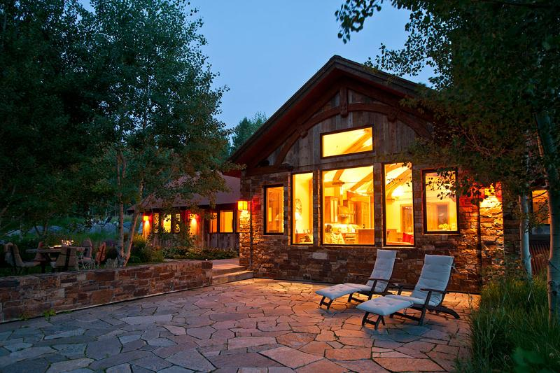 Teton Manor, Sleeps 8 - Image 1 - Jackson - rentals