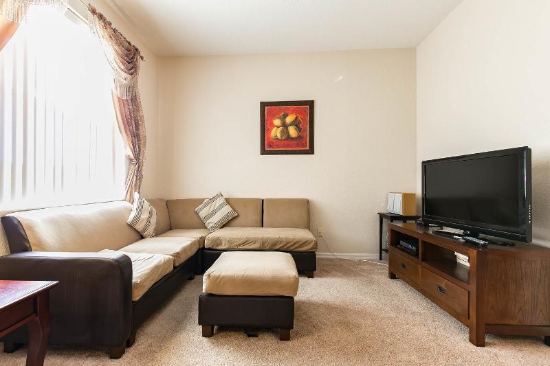 Living Room - Elegantly Appointed Regal Palms Resort Home in FLA - Davenport - rentals