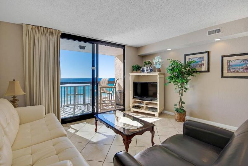 Beachfront condo w/private balcony & resort hot tub & pools! - Image 1 - Destin - rentals