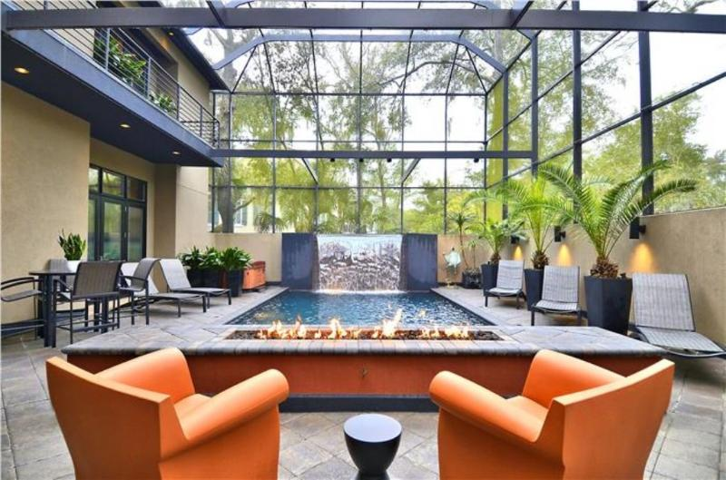 Pool with Firescape and Fountain - 17 Firethorn - Hilton Head - rentals
