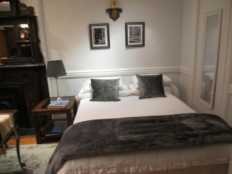 Charming Master Bedroom - Image 1 - New York City - rentals