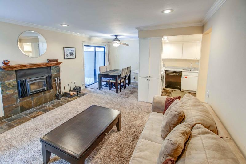 Fireside at Village #108 - Image 1 - Mammoth Lakes - rentals