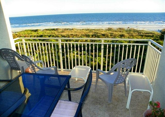 Patio - 502 Shorewood - Direct Oceanfront  and Fully Renovated - Hilton Head - rentals