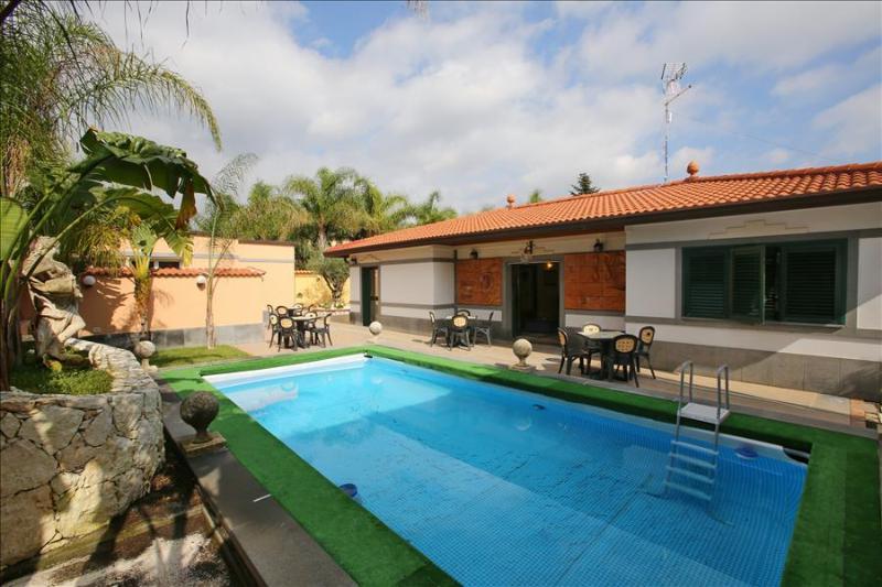 Villa Gardenia - Villa with private pool - Image 1 - Tremestieri Etneo - rentals