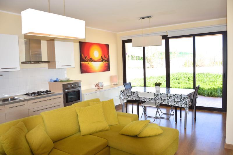 Villa Topazio - Modern and bright villa with large garden near Marzamemi - Image 1 - Portopalo di Capo Passero - rentals