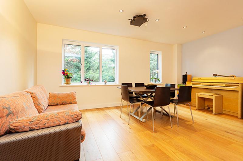 2 Bed House Westbourne Park, St Ervan's Road, Notting Hill - Image 1 - London - rentals