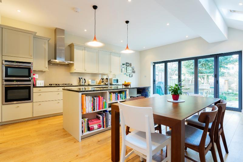 3 bed family home with garden, Thorney Hedge Road, Chiswick - Image 1 - London - rentals