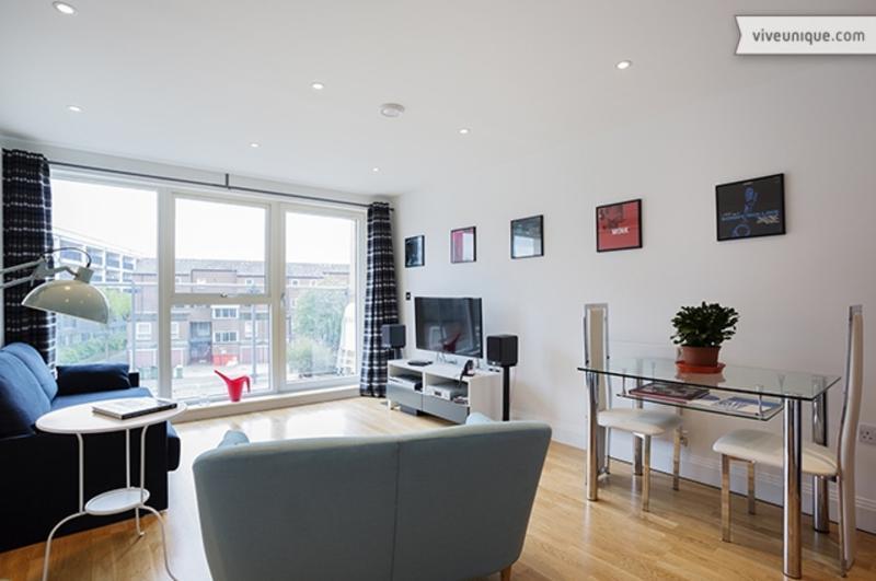 Brand new 1 bed near London Bridge - Image 1 - London - rentals