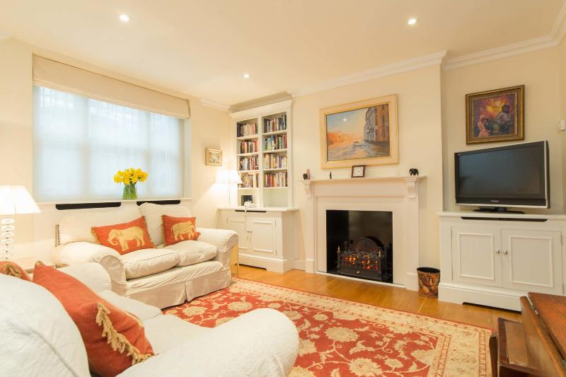 2 bed flat on Ifield Road, Kensington - Image 1 - London - rentals