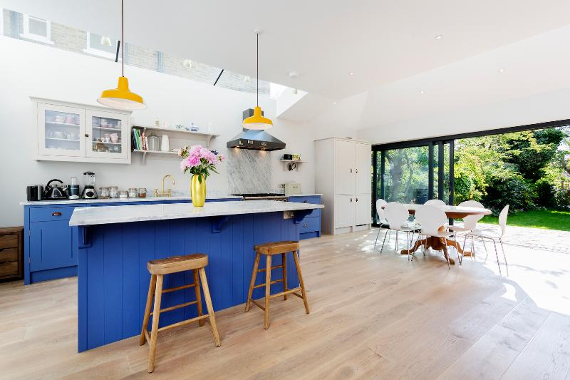 4 bed home on Park Road, Chiswick - Image 1 - London - rentals