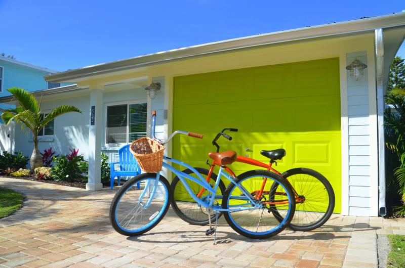 It's close proximity to everything that makes Anna Maria special is accessible by bicycle or a walk. - Sunshine Cottage - Private 30' Pool and Boat Dock, and steps away from the beach - Anna Maria - rentals