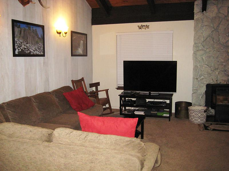 Living Room - Horizons 4 - HZ138 - Mammoth Lakes - rentals
