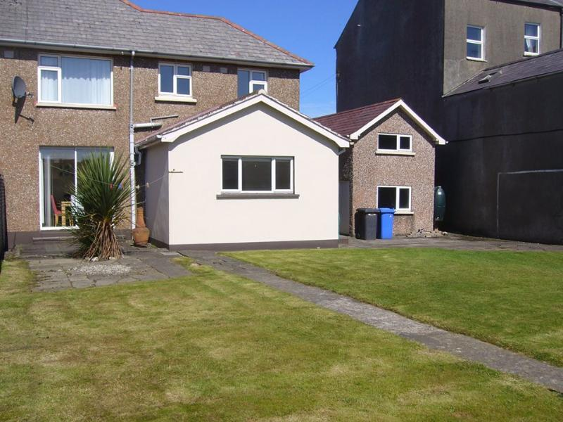 'Our Beach House' self catering rental /holiday house- beside Castlerock Beach. 3 bedrooms -sleeps 6 - 'Our Beach House'-Castlerock, SelfCatering, Rental - Castlerock - rentals