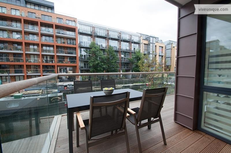 Regents Canal 2 bed 2 bath on the water, Shoreditch - 1 - Image 1 - London - rentals