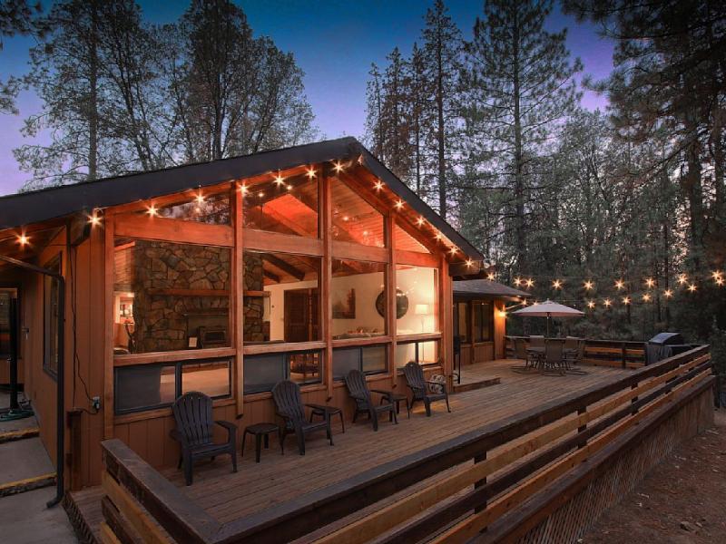 The Beauty of Yosemite at this World Class Lodge - Image 1 - Mariposa - rentals