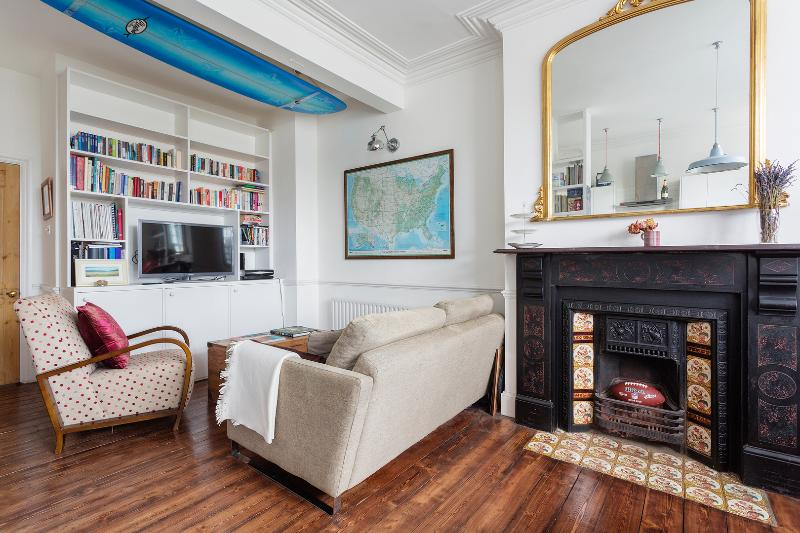 Comfortable Parkside 2 bed in Fulham - Image 1 - London - rentals