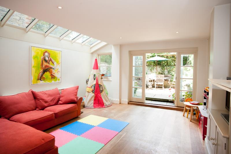 4 Bed Country-style rustic dream in Fulham - Image 1 - London - rentals