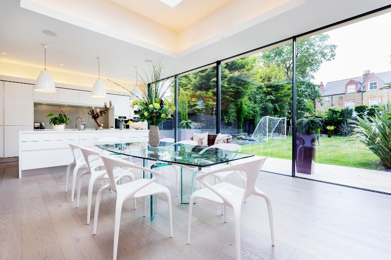Exquisite 7 bed house, Veronica Road, Wandsworth - Image 1 - London - rentals