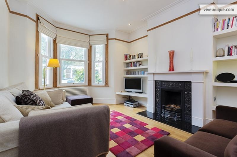 Fabulous One Bedroom Apartment near Notting Hill - Eynham Road - Image 1 - London - rentals