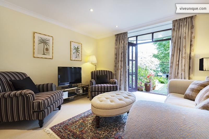 Reception - Beautiful Battersea Church Road 3 bedroom House with garden - London - rentals