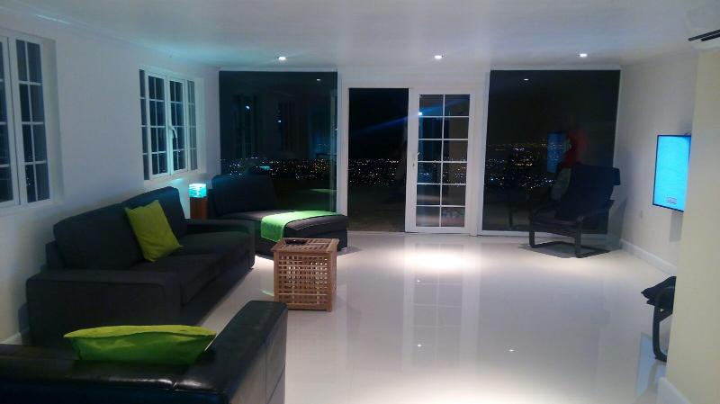 Terrace 2 bed Apt shared pool, Degicel TEL:4566516 - Image 1 - Kingston - rentals
