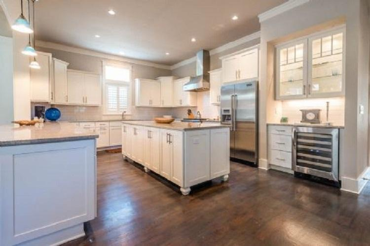 Gorgeous HUGE and bright kitchen with Viking appliances comes fully equipped for meals made at home plus a bar area with a wine refrigerator - 7 SHEEPSHANK LANE - Watersound Beach - rentals