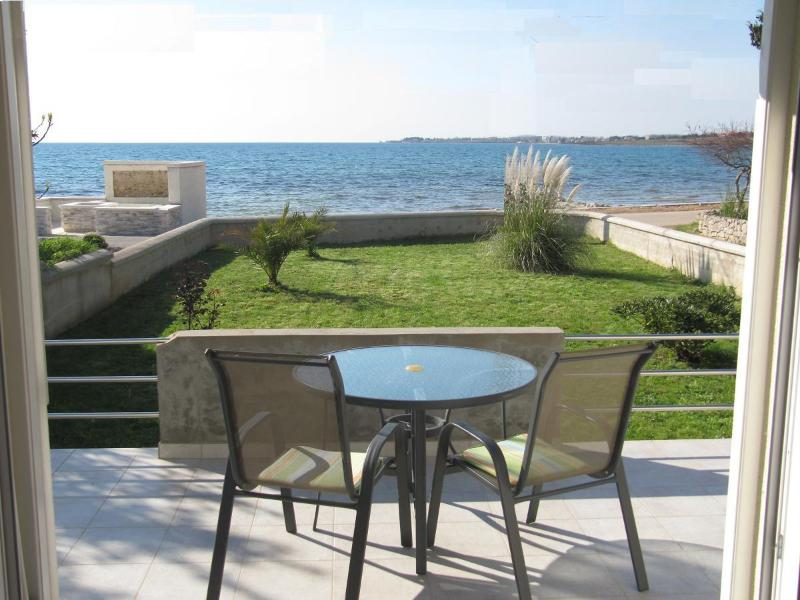 Waterfront location - Beachhouse, Zaton Croatia - Zaton (Zadar) - rentals
