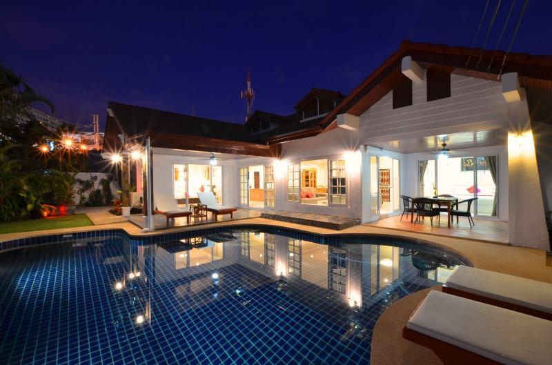 The villa in best Location in town - Grand Condo Jasmine pool Villa - Pattaya - rentals