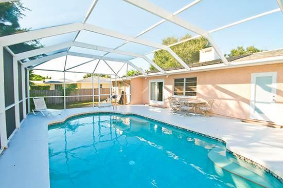 Bayshore Home, 4 Bedrooms, Private Heated Pool, HDTV, WiFi, Sleeps 12 - Image 1 - Venice - rentals
