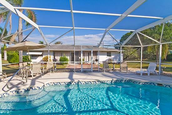 Baycrest Home, 3 Bedrooms, Private Heated Pool, WiFi, Sleeps 10 - Image 1 - Venice - rentals