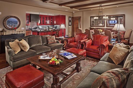 "Spacious living room - ""Great Powder"" Specials - save up to 25% at One Steamboat Place - Sawtooth Mtn - Steamboat Springs - rentals"