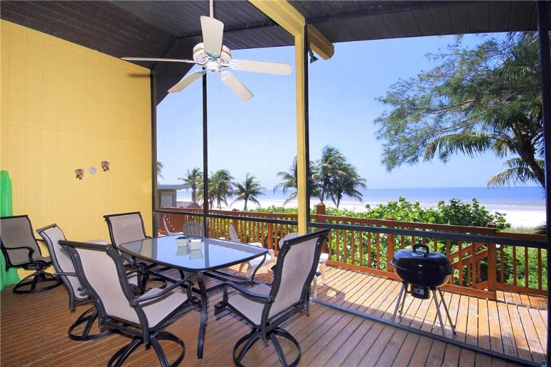 Turner Classic Cottage 2, 2 Bedrooms, Gulf front, WiFi, Sleeps 6 - Image 1 - Fort Myers Beach - rentals