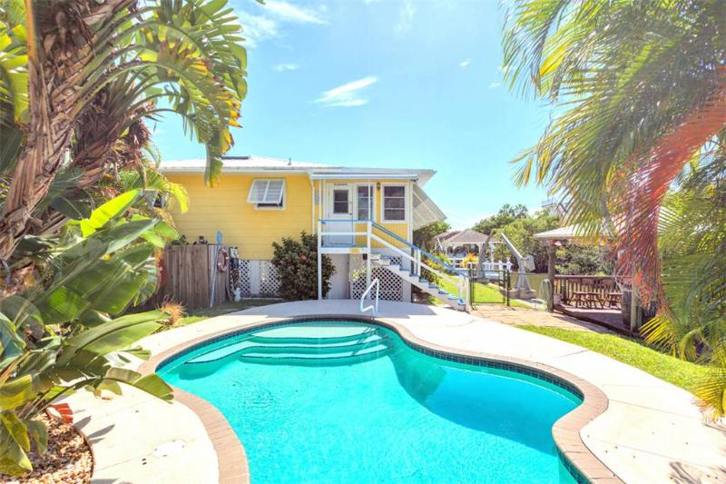 Paradise on Third, 2 Bedrooms, Canal Front, Private Heated Pool, Sleeps 6 - Image 1 - Fort Myers Beach - rentals