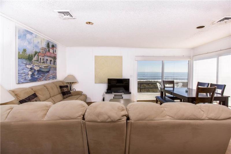 Harmony Beach House, 3 Bedrooms, Ocean Front, Large Deck, Sleeps 6 - Image 1 - Crescent Beach - rentals