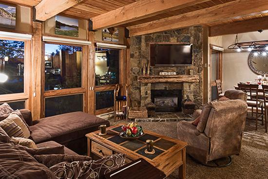 Cozy and stylish living area - Lodge at Steamboat - Atlantis - Steamboat Springs - rentals
