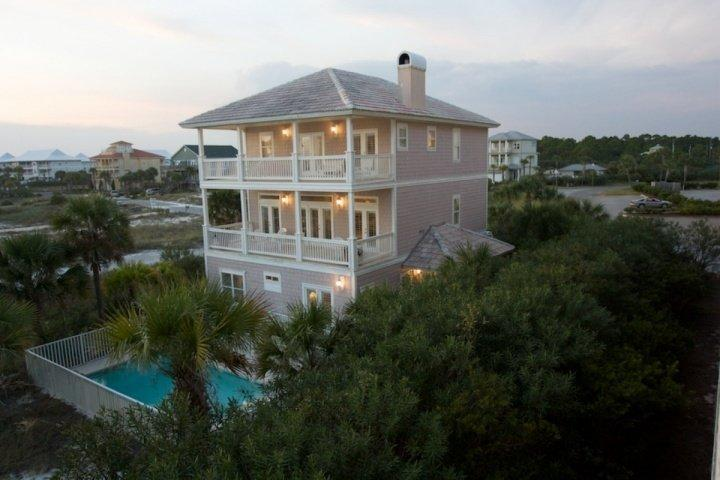 Red Cherry's Seagrove Beach, Florida - Red Cherry's - Gulf Front Luxury Beach Home - Private Pool - Seagrove Beach - Seagrove Beach - rentals