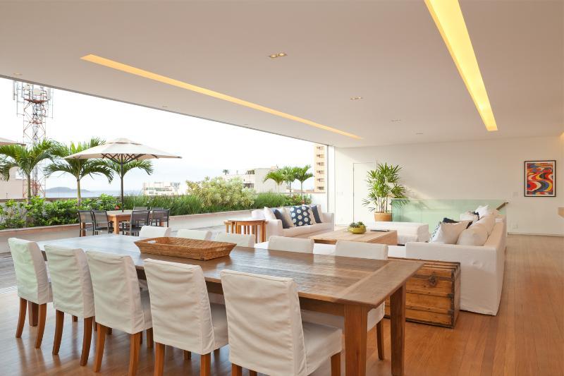 Superbly Designed 4 Bedroom Home in Ipanema - Image 1 - Rio de Janeiro - rentals