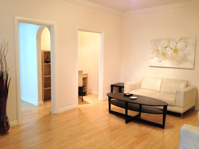 GORGEOUS AND FURNISHED 1 BEDROOM APARTMENT IN SANTA MONICA - Image 1 - Santa Monica - rentals