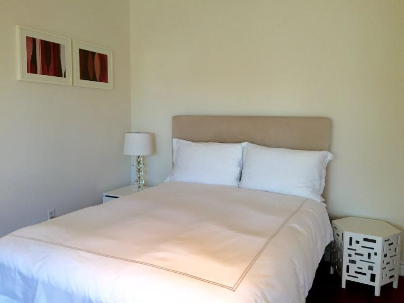 SPLENDID AND ROOMY STUDIO APARTMENT in Santa Monica - Image 1 - Santa Monica - rentals